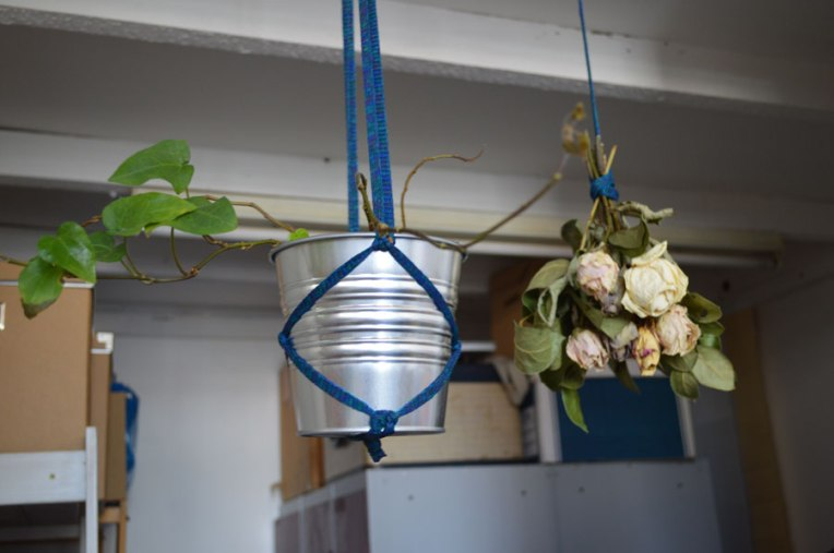 knitster-ldn_flowers_planter_onagono