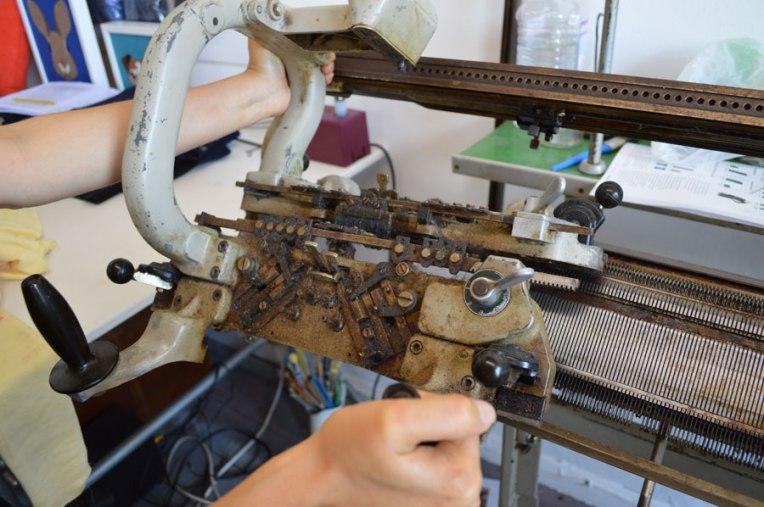 knitster-ldn_santagostino_milano_close_onagono