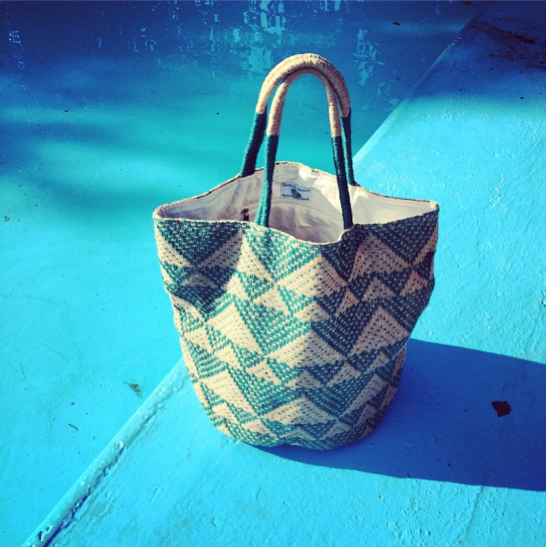 onagono_supermarket_sarah_jute_bag_pool
